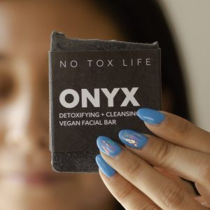 no tox life onyx charcoal cleansing bar